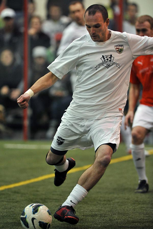 Nate Ford in action with South Sound FC in 2012. (Wilson Tsoi / www.goalWA.net)
